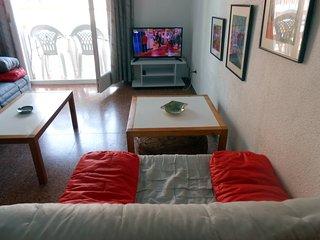 27-Apt. Luxemburg en Blanes, 2 habitaciones 2º linea de playa