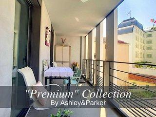 Ashley&Parker - 'Les Poètes Terrasse' - Hyper centre