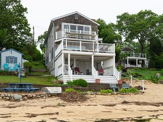 NEW LISTING! Waterfront home w/ kitchen & balcony - walk to the river's edge