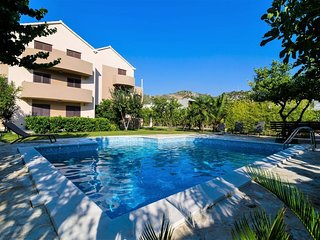 Apartments Setemana - Superior Two Bedroom Apartment with Balcony and Swimming