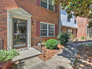 NEW! Charming Charlotte Townhome Near Ballantyne!