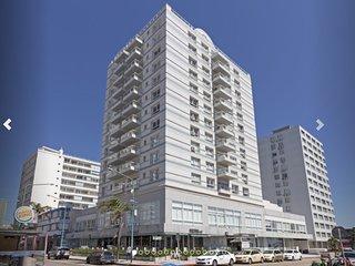 Lux Tower Punta del Este