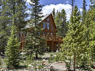 'Aspen Leaf Lodge' w/ Great Mountain Views!