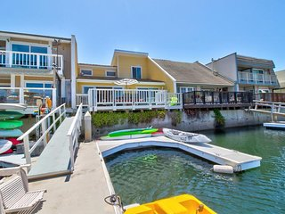 NEW LISTING! Upscale, remodeled harbor-front house w/private dock & boat slip