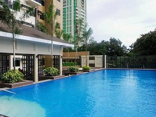 Brand new 2BR Apartment in Cebu with a view & a pool in the heart of the City.