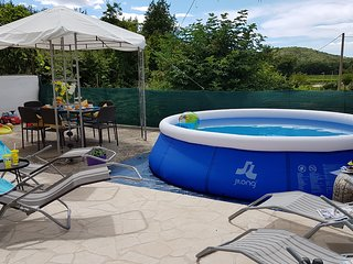 Country house Ivona with pool