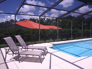 Free pool heating(solar+heat pump),large pool & pooldeck with Weber bbq on site