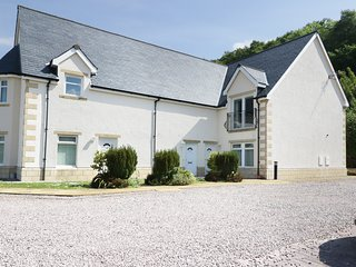 15 GLENLOCH VIEW, views of Loch Linnhe, Fort William