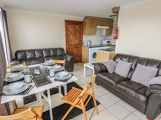 CHALET 131, superb holiday park facilities, near Kidwelly