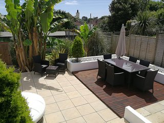 A wonderful 'home from home' holiday property in Falmouth - Sleeps 5  Plus 1 Pet