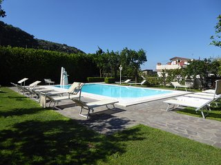 2 bedroom Apartment in Sorrento, Campania, Italy : ref 5248177