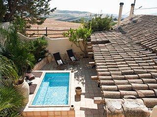 2 bedroom Villa in Citta Povera, Sicily, Italy : ref 5247438