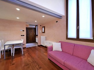 1 bedroom Apartment in Castello di Godego, Veneto, Italy : ref 5248504