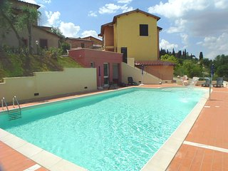 2 bedroom Apartment in Siena, Tuscany, Italy : ref 5247745