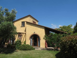 2 bedroom Villa in Castelfranco di Sotto, Tuscany, Italy : ref 5447290