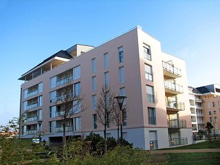 1 bedroom Apartment in Les Sables-d'Olonne, Pays de la Loire, France : ref 55539