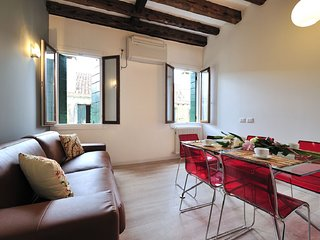 3 bedroom Apartment in Sestiere di San Polo, Veneto, Italy : ref 5248495