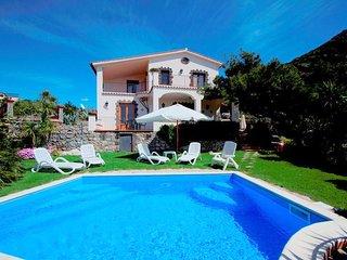 6 bedroom Villa in Termini-Sant'Agata, Campania, Italy : ref 5248195