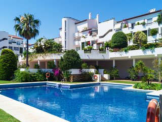 2 bedroom Apartment in Estepona, Andalusia, Spain : ref 5639496