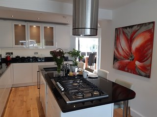 No. 37 - wonderful holiday home - sleeps 6  plus 1 pet
