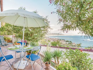 2 bedroom Apartment in Raito, Campania, Italy : ref 5549486