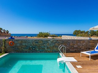 2 bedroom Villa in Old Town, Crete, Greece : ref 5248631
