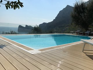7 bedroom Villa in Centocelle, Latium, Italy : ref 5248233