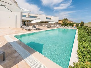 2 bedroom Apartment in San Cataldo, Apulia, Italy : ref 5546477