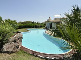 5 bedroom Villa in Stintino, Sardinia, Italy - 5248041