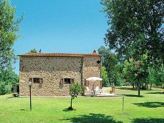 3 bedroom Villa in Bivio Montorgiali, Tuscany, Italy : ref 5446974