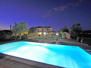 6 bedroom Villa in Castroncello, Tuscany, Italy : ref 5247575