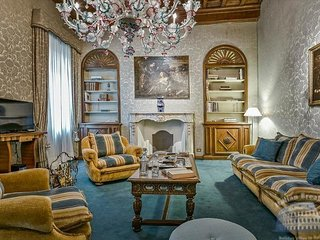 4 bedroom Apartment in Florence, Tuscany, Italy : ref 5248159