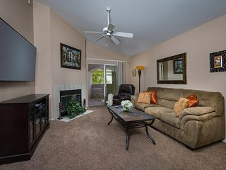 NEW LISTING! Traditional second-floor condo w/shared pool & convenient location