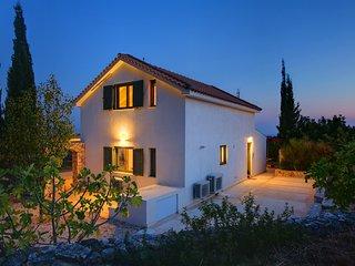 2 bedroom Villa in Karavados, Ionian Islands, Greece : ref 5248887