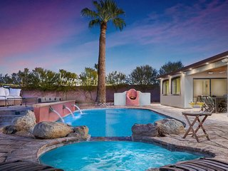 Scottsdale Central Location, Upscale Furnishings,  Private Pool, Hot Tub, Bocce.
