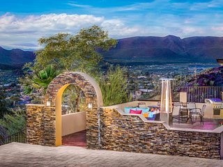 NEW LISTING! Gorgeous & modern home w/ private hot tub & desert views!