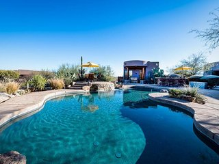 NEW LISTING! Home w/pool, views, horse stalls, 2 guest houses, & more - 1 dog ok