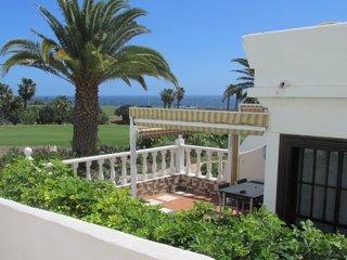 Amarilla Golf Apartment, Tenerife, 2 bed, 2 bath