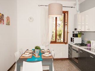 1 bedroom Apartment in Sestière di Dorsoduro, Veneto, Italy : ref 5248528