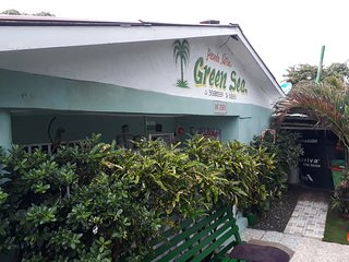 Posada Green Sea San Luis Harmony Hall Hill