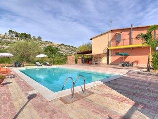 3 bedroom Villa in Floridia, Sicily, Italy : ref 5639294