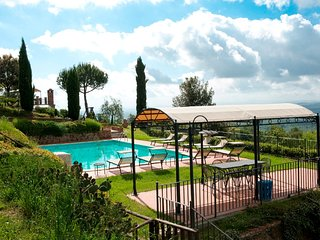 8 bedroom Villa in Fornoli, Tuscany, Italy : ref 5639276