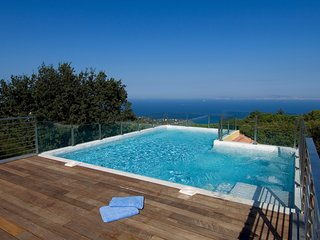 5 bedroom Villa in Sorrento, Campania, Italy : ref 5248169