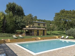 3 bedroom Villa in Località Campocuiano, The Marches, Italy : ref 5247963