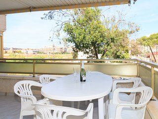 Nice, bright and renovated apartment very close to the beach of Ponent of Salou