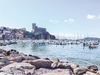 2 bedroom Apartment in Lerici, Liguria, Italy : ref 5583507