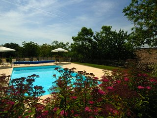 4 bedroom Villa in Labrousse, Nouvelle-Aquitaine, France : ref 5248765