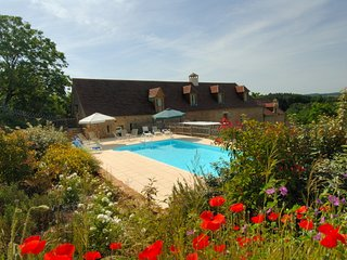 6 bedroom Villa in Péchaude, Nouvelle-Aquitaine, France : ref 5248766