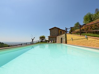 3 bedroom Villa in Massa, Tuscany, Italy : ref 5247713