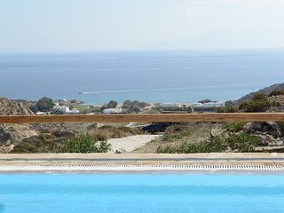 5 bedroom Villa in Ano Mera, South Aegean, Greece : ref 5252044